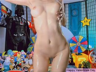 Agostinha_Red 200214 Naked Oil Video mfc