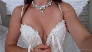 ChristinaKhalil Hot Outfit Show Video Onlyfans