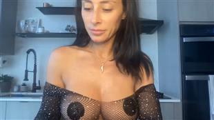 VVixen1 Show Boobs & Ass Video mfc